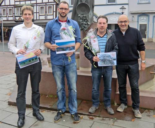 Bei der Gewinnübergabe zum Fotowettbewerb v.l.n.r. : Michael Bekiersch, Markus Specker, Carsten Buch und Detlef Stock von Blomberg-Marketing.