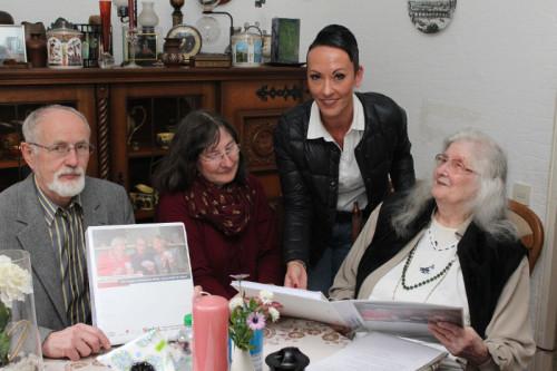 SinfoL hilft Senioren, die lange zuhause wohnen möchten - Seniorenbeirat der Stadt Schieder Schwalenberg Johannes Forthaus, Ehrenamtliche Petra Flader, Michaela Ottemeier und Sigrid Reiser