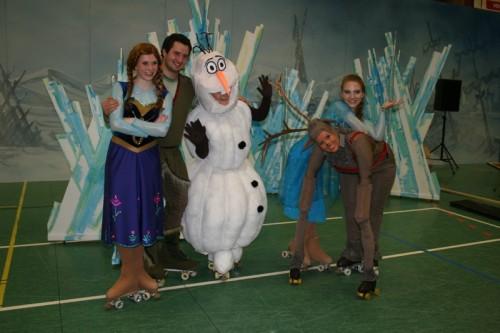 Die Eiskönigin Rollkunstlauf Gruppenbild