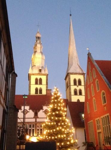 Das Glockenspiel vom Kirchturm St. Nicolai in Lemgo ist am 2. Weihnachtsfeiertag im Deutschlandradio Kultur zu hören. (Foto: Borchers)