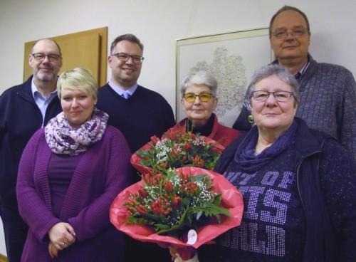 Der frisch gewählte Vorstand freut sich auf die Herausforderungen 2016. In der Mitte Vorsitzende Barbara Gerber und ihr Stellvertreter Falk Niehage