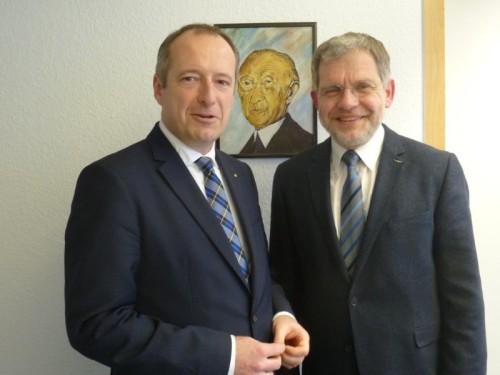 Foto von links: MdB Oliver Wittke und Bürgermeister Dr. Reiner Austermann