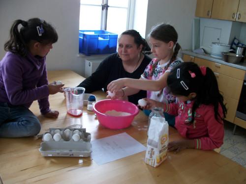 Man nehme: Milch, Mehl, Eier, Zucker – fertig ist der Pancake,  Foto: LWL/Weise