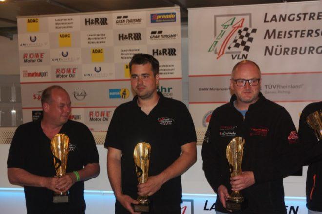 Siegerehrung:  Von Links,   Hajo Müller, Dominik Thiemann und Jens Riemer.