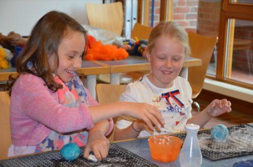Spaß mit Filz: Nur einer der zahlreichen Workshops im Ziegeleimuseum Lage. Foto: LWL